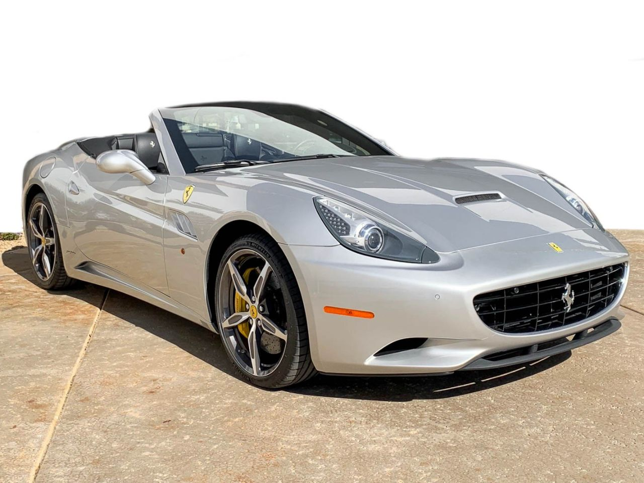 Pre-Owned 2014 Ferrari California